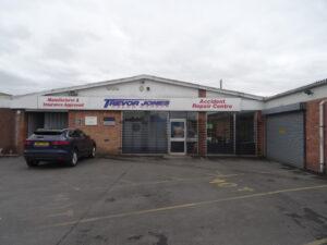 Delph Garage Wigan